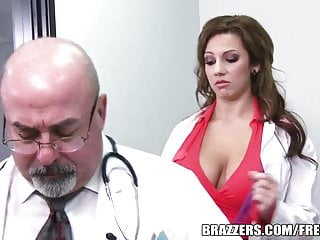 Does like look normal penis Brazzers - lylith lavey - does this look real