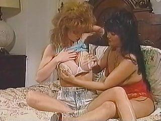Lesbians and short nails Mai lin lesbian long nails 1