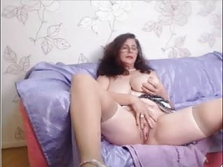 Amateur granny tits - Amateur granny webcam