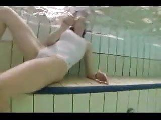 Underwater sex videos free - Underwater sex 1