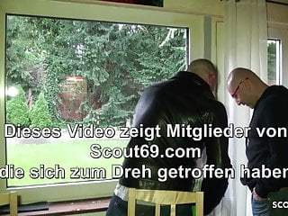Facial cleaner w/o parebans Big tits german mom pay the window cleaner with sex
