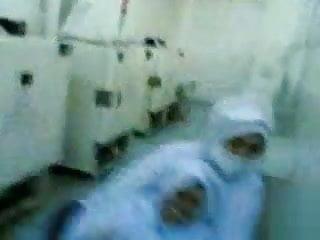 Bertudung sex video - Bertudung jilbab