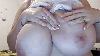 Webcam great jucy huge boobs