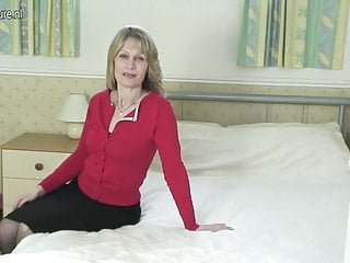 Mother needs sons dick Perfect mature mother needs hard cock