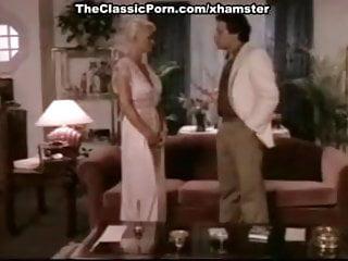 Naked pic leslie bibb Seka, john leslie in platinum blonde goddess of classic porn