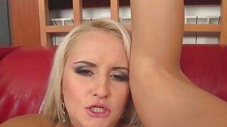 big tits milf sindy saint hot solo pussy play casting horny