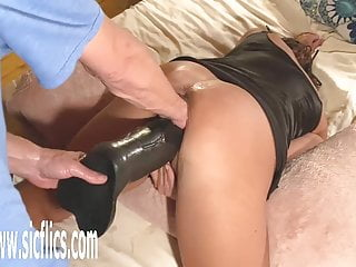 Dick fucking giant - Double fisting and dildo fucking giant milf pussy