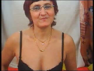 Mature stocking spread - Mature strips fingers and spreads