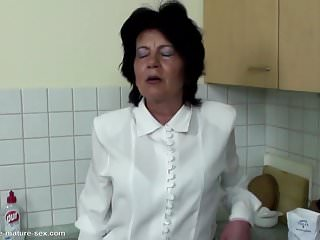 Pissing and underwear - Granny gets pissing and fisting from girl