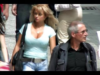 16 big breast natural - Candid big bouncing boobs big breast milf macromastia