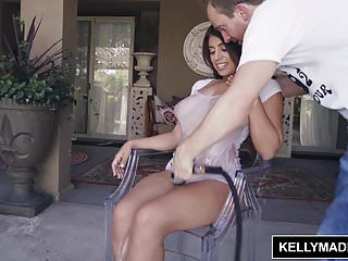 Miss kelly naked - Kelly madison ella knox brings her big naturals over