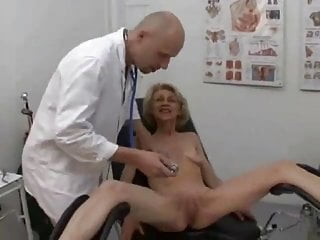 Free trailers grannies fucking sucking - Granny loves fucking sucking and swallowing