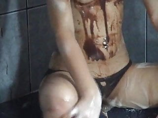 Drink shaved hot chocolate - Lili jacuzii hot chocolate part 2