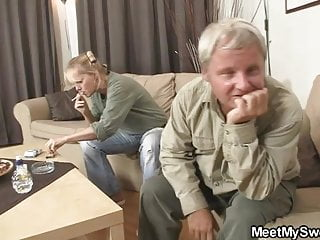 Dad fucking very young daltor His mom toying while dad fucking his gf