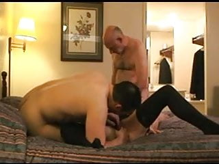 Submissive sluts gangbang - Submissive young wife motel gangbang