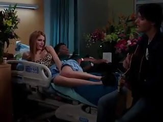 Teen rock band Bella thorne - red band society e9 06