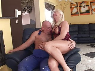 Mature woman pissing on mature woman - Older horny woman fucks and pisses.