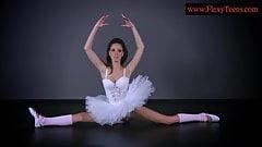 Sexy ballerina Petino Gore