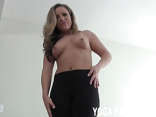 Jerk off tease videos You can jerk off while i tease you in yoga pants joi
