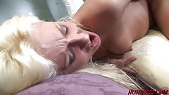 Moms like Cindy love to Suck Cock and get Fucked by Nerds
