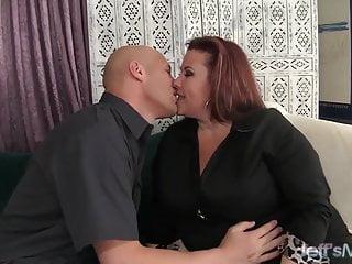 Xvideos thick busty fat ass ladies Fat ass lady lynn eats cum