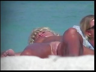 Hot ladies porno tubes - Hot ladies naked on the beach 2