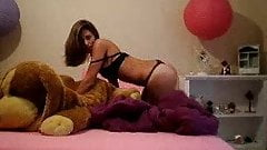 An amateur called Alexis 4 (full striptease)