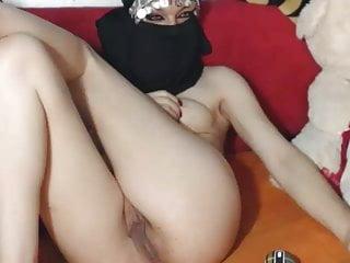 Syrian naked - B7bk moot syrian cam girl01