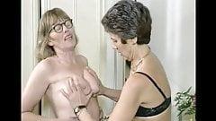 Granny muff divers
