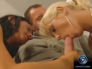 The bottom of the pussyhole - Tom gets to fucked both szandi and liona in their pussyhol