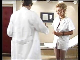 Krankenschwester pornos - Jeany bee als hilfreiche krankenschwester