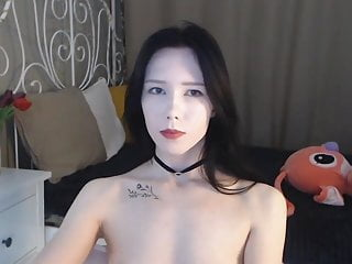 Asian ass nude - White booty asian bitch nude on cam