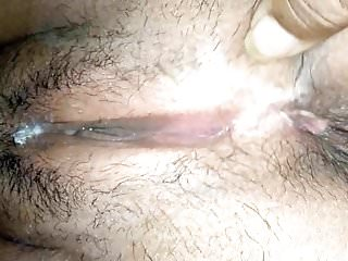 South indian hairy pussy picture thumb Pussy show of a south indian milf