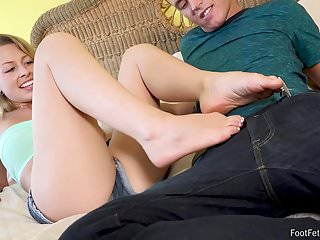 Black daily foot thumb Zoey monroe does footjob on a big dick - foot fetish daily