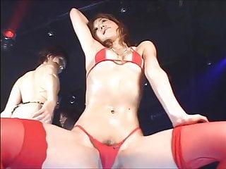Bikini micro woman - Micro bikini oil dance compilation