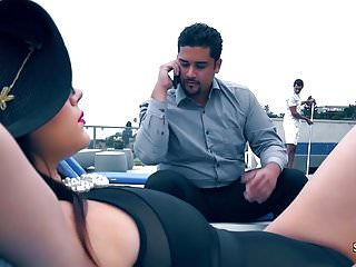 Ass big kick rich Screwbox - valentina nappi in rich bitch