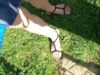 Real upskirt vids - Real upskirt - girl waiting the bus - ass thong