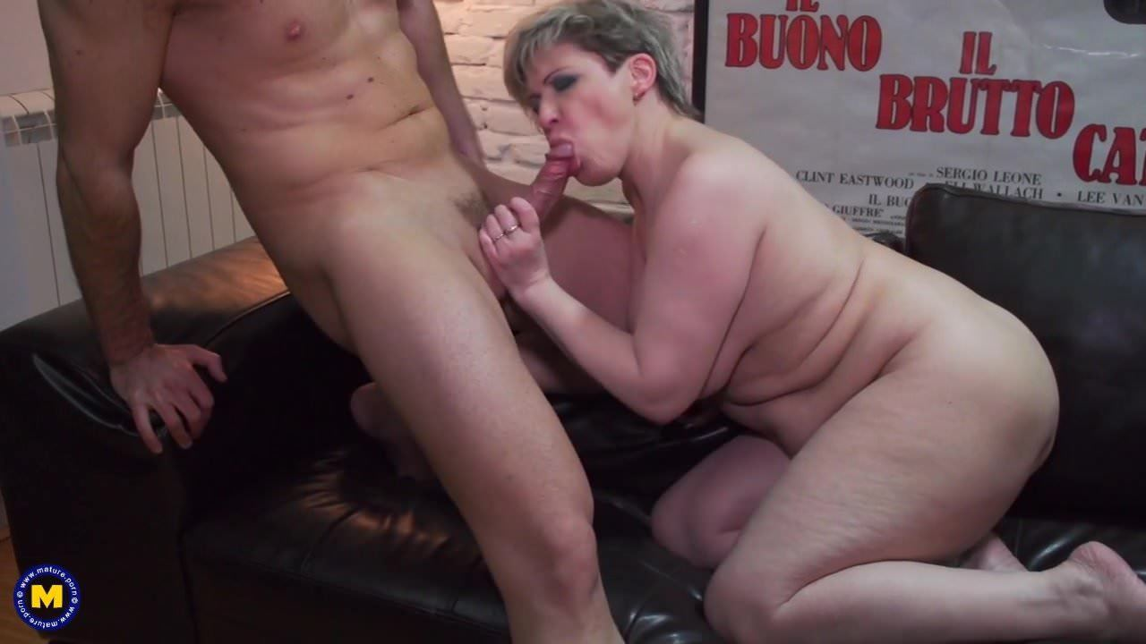 Mom Daughter Getting Fucked
