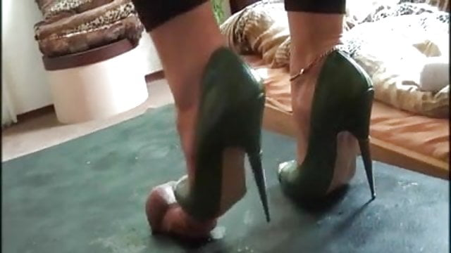 Green high heel cock trample