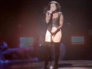 Demi lovato gets fucked Demi lovato stage teaser