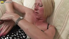 Dirty mature slut mom cums and squirts