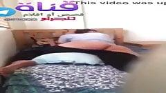Una beurette prende una lezione di piano sesso arabo