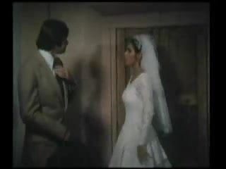 Vintage wedding bus - Isaura espinoza mexican wedding night