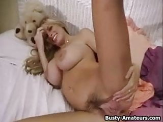 Hot naked women using dildo - Hot babe mary masturbates her pussy using dildo