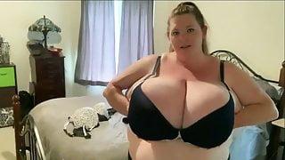Tittyvixen69 Bigger 017