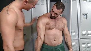ExtraBigDicks Muscle Hunk Jaxton Wheelers Fat Cock Up My Ass