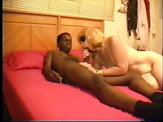 Hot women like cock - Cuckolds wife likes them young black and raw