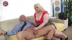 bbw blonde with huge ass fucks