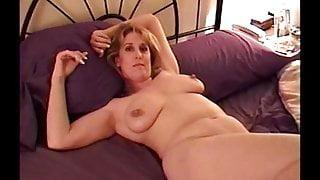 K posing, spreading and masturbating