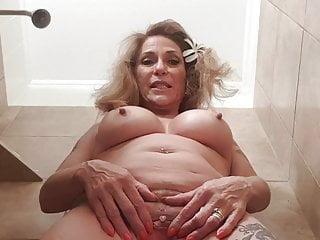 midget sex woman